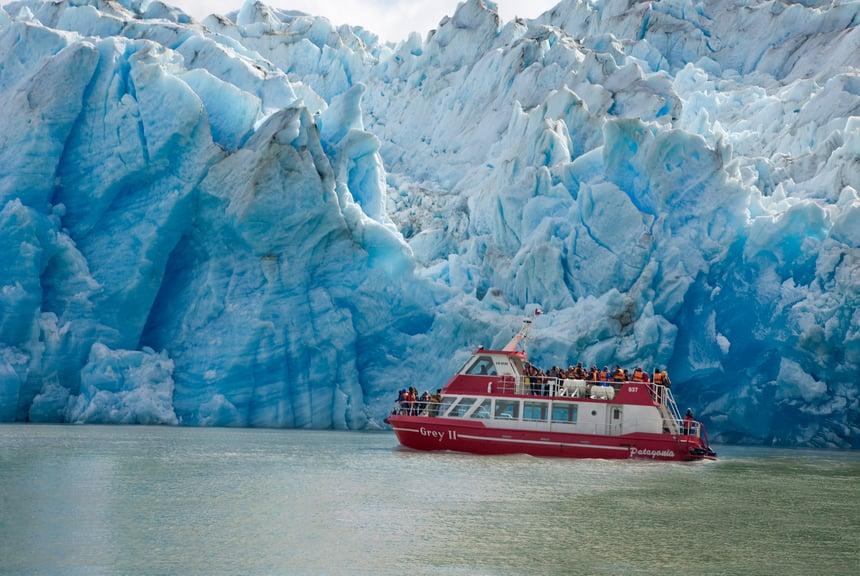 Sailing to Grey Glacier
