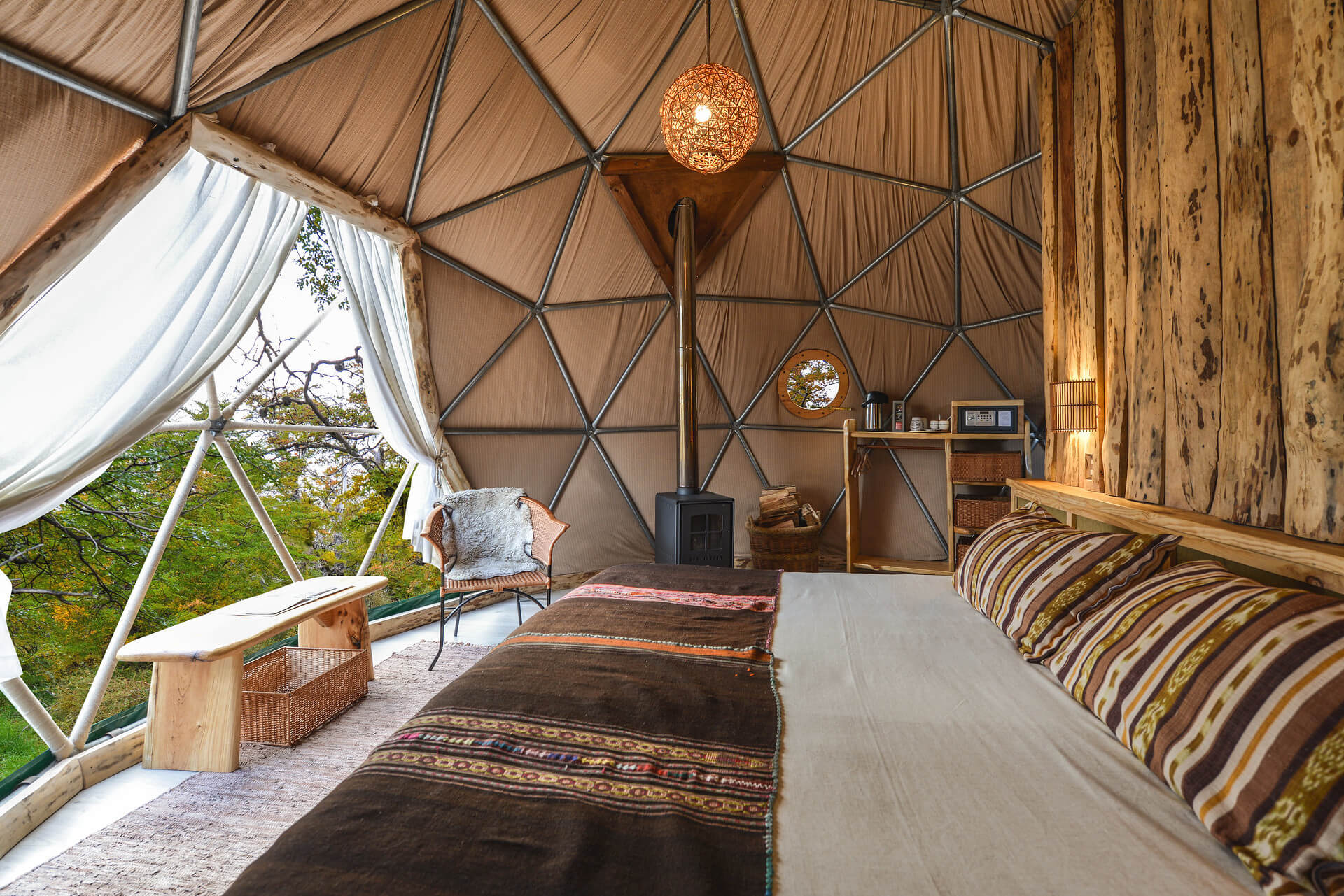 Suite Dome EcoCamp Patagonia 1920x1281