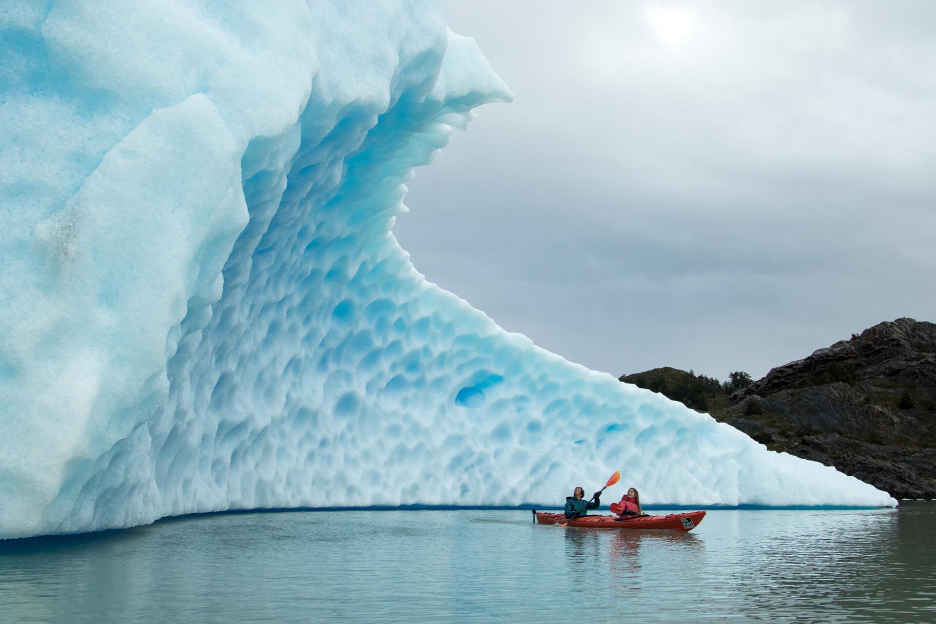 Kayak Grey Glacier