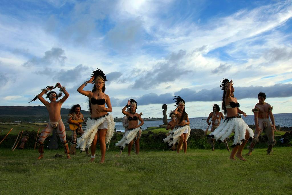 Traditional Easter Island dance